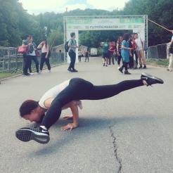 KrisYoga - Street Yoga, Arm Balancing Splits, Coratia