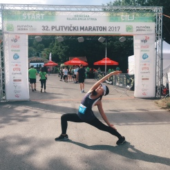 KrisYoga - Yoga for Runners, Reversed Warrior, Croatia
