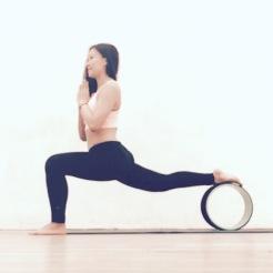 KrisYoga - Yoga Wheel, High Lunge, Hong Kong