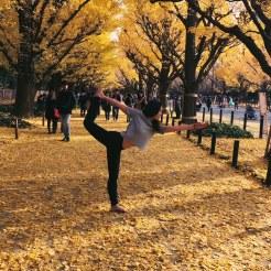 KrisYoga - Travel Yoga, Dancer Pose, Tokyo