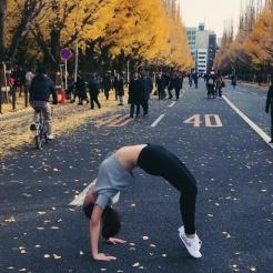 KrisYoga - Travel Yoga, Wheel Pose, Tokyo